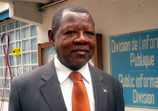 Lambert Mende Omalanga, Ministre de la Communication et des mdias.