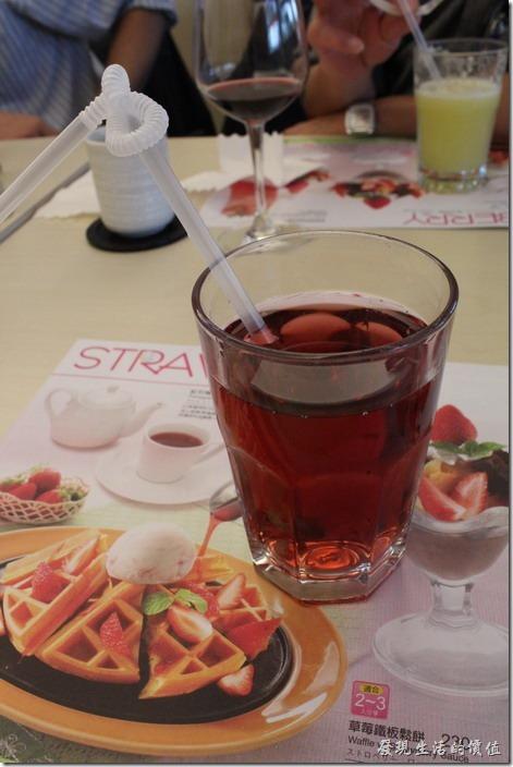 台北南港-小高玉鐵板燒。飲料:冰紅茶去冰。