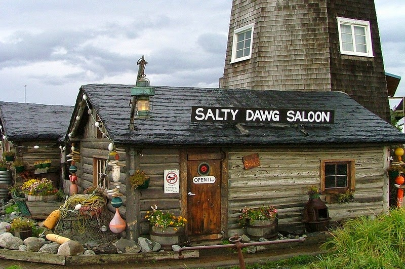 salty-dawg-saloon-12