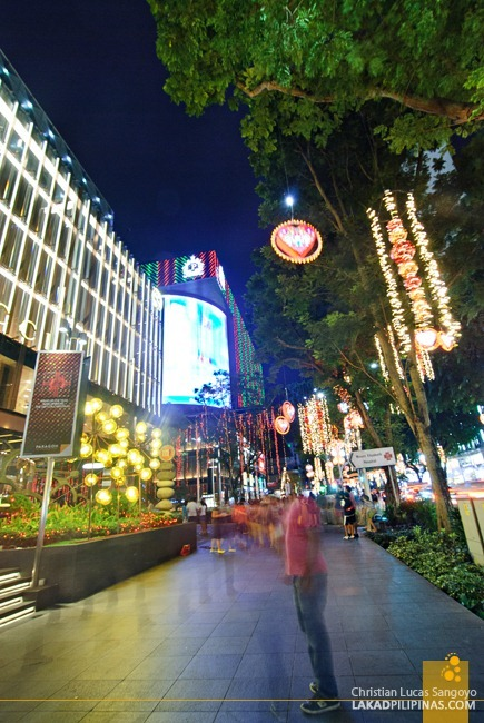 Sunday Evening at Singapore's Orchard Road