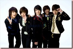 ft_island_in_school_uniform-200901021935313