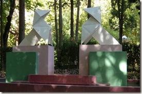 Las pajaritas de Ramón Acín - parque Miguel Servet - Huesca