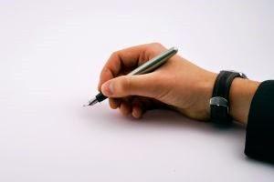 hand-writing-1094969-m