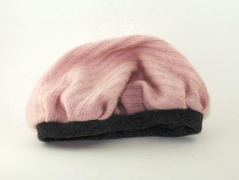 pink-cashmere-beret-child-2