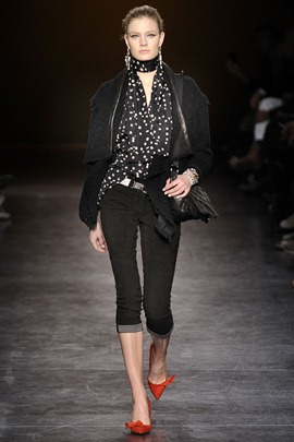 isabel-marant-ready-to-wear-fall-2010-poppy