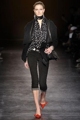 isabel-marant-ready-to-wear-fall-2010-poppy
