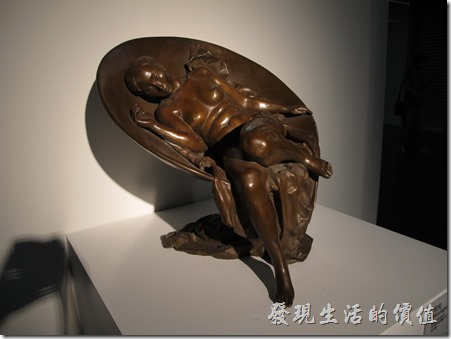 上海-中華藝術宮。月光。