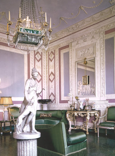 This shot of the Wedgewood Room in the Pucci's private residence was seen in a 2007 Architectural Digest.