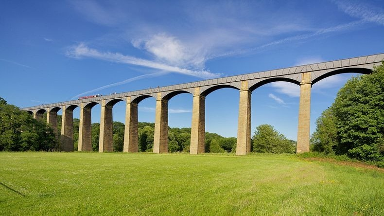 Pontcysyllte-Aqueduct-6