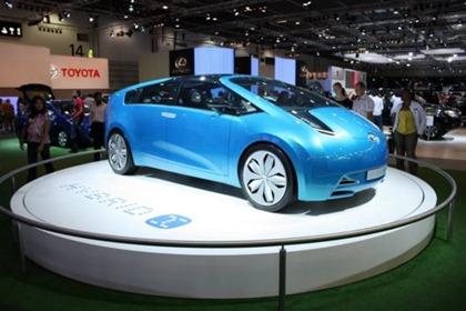 toyota_hybrid_car_02