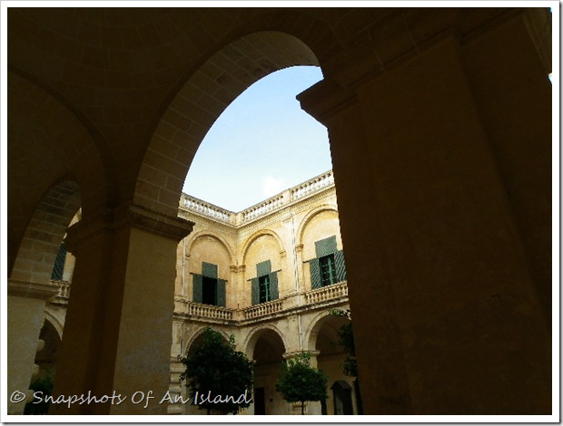 Valletta on a Sunday (96)