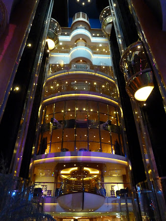 Croaziera Royal Carribean prin Mediterana: punti pe Liberty of the Seas