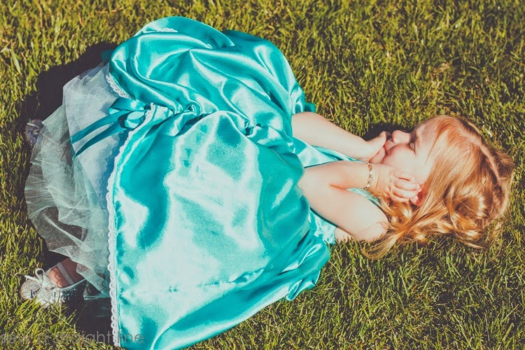 5 & 10 designs princess dress sew a straight line-20