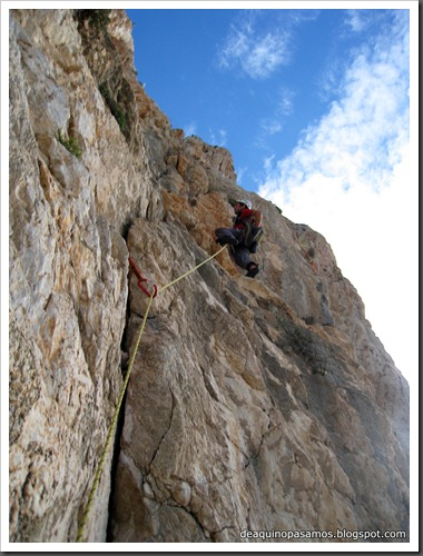 Via Costa Blanca 250m 6c  (6b A0 Oblig) (Peon de Ifach, Alicante) (Fran) 4770