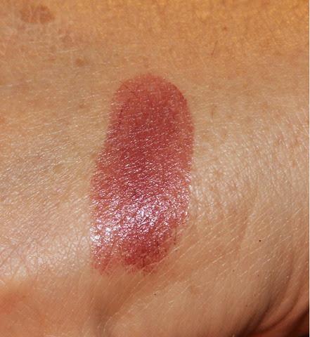 Revlon Super Lustrous Lipstick Icy Violet Swatch