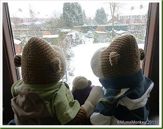 January 18th 2013 snow falls on wolverhampton
