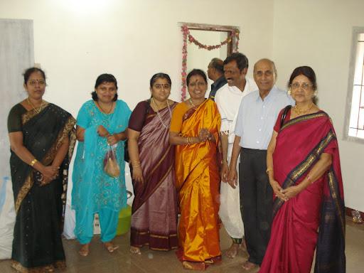 prabha aunty, heena aunty, padma aunty, amma appa and sushila aunty ...