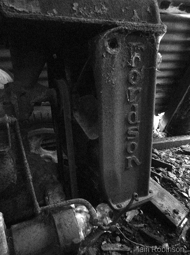 Fordson 2 (935x1280)