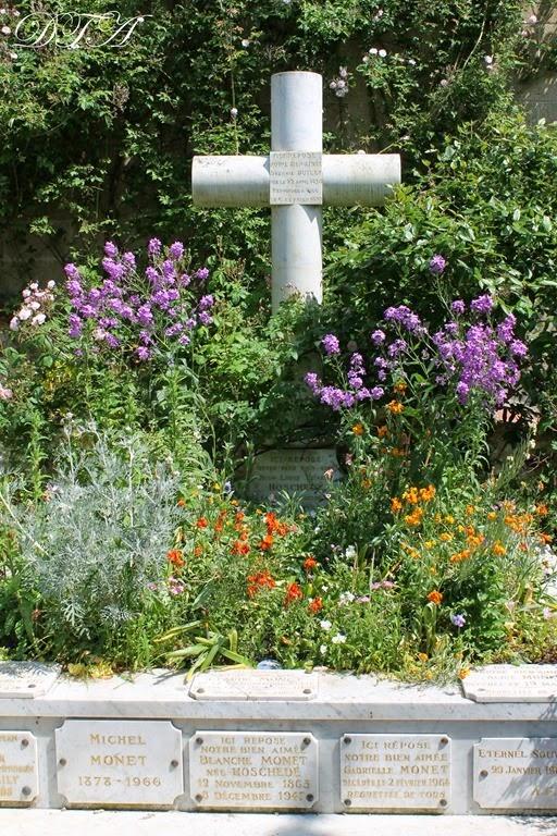 Monet's Garden 217