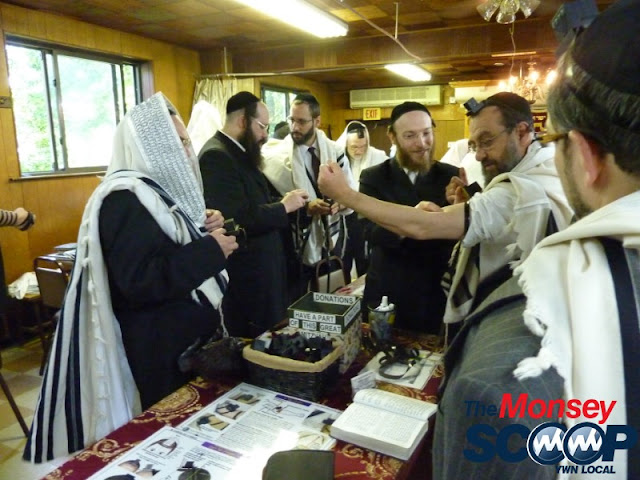 Tefillin Awareness Project - Hanacha KHalacha In Monsey - Monsey%252520-%252520Bais%252520Yisroel%252520004.JPG