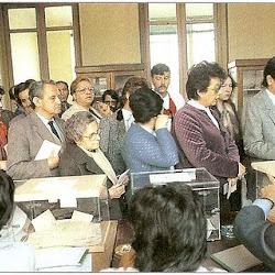 Colas para votar en las elecciones generales de 1977