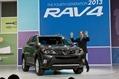 2013-Toyota-RAV4-01