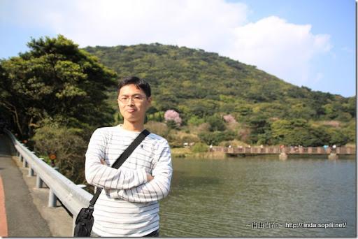 2010陽明山花季-大屯山湖邊