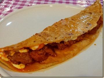 Chorizo con Queso Quesadilla