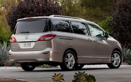 2013 Nissan Quest rear side view