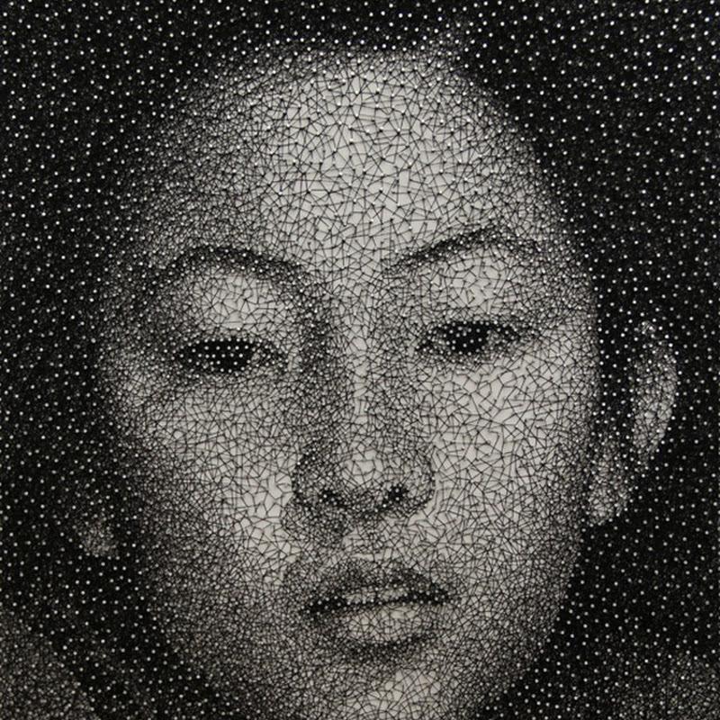 Portraits Made by Wrapping a Single Thread Around Nails by Kumi Yamashita