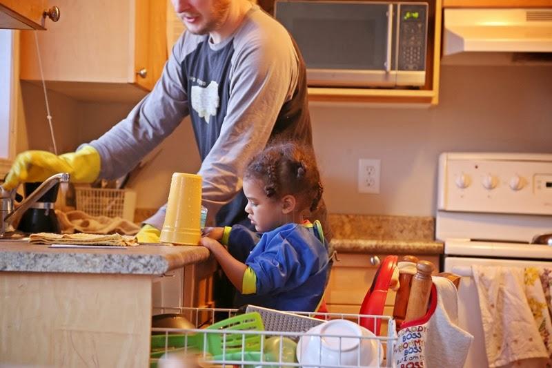aoi helping daddy