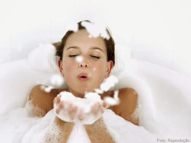 Limpe o cabelo conforme suas características e Rotina Capilar.