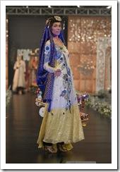 Ali-Xeeshan-bridal-2012-in-PFDC-LOreal-Paris-Bridal-Week-14