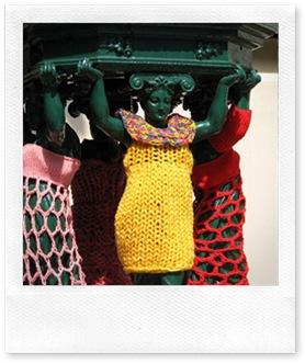 yarn bomb4