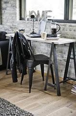Simple-desk