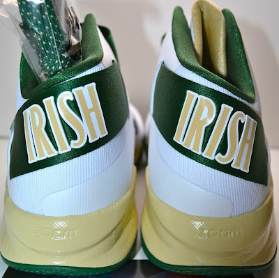 nike zoom soldier 6 pe svsm white home 3 03 Nike Zoom LeBron Soldier VI Version No. 5   Home Alternate PE