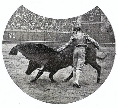 1915-04-21 Sevilla Belmonte natural Miura 001