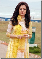 nisha-agarwal in churidar