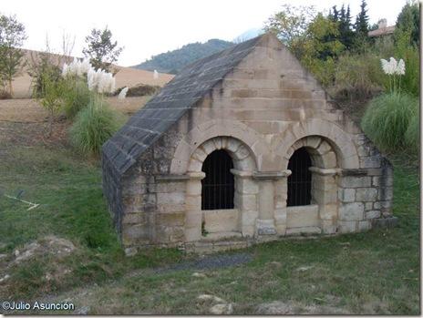 Fuente románica de Artáiz - Izagaondoa - Navarra