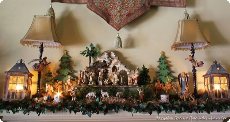 Christmas Mantel  -Bargain Decorating with Laurie