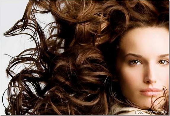 Dica pra cabelo Volumosos e com danos: Tratamento com Queratina Home Care.