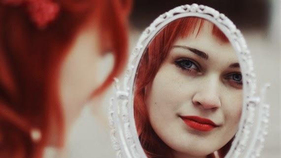 mirror_mirror_by_mariannainsomnia-d4humvn