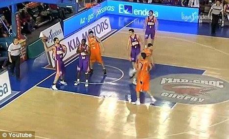 Vitor-Faverani-shot-1