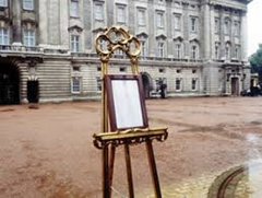 royal easel