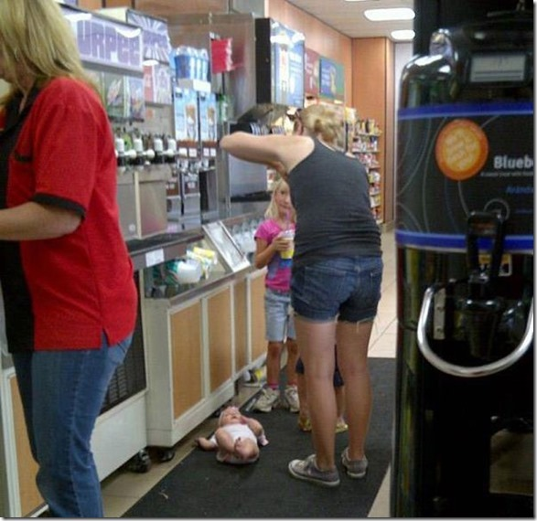 parenting-fails-lol-13
