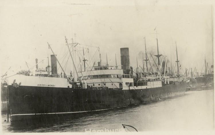 El ABODI MENDI en Hamburgo. Foto State Library of New South Wales. Ernest G. Best Postcard Collection.jpg