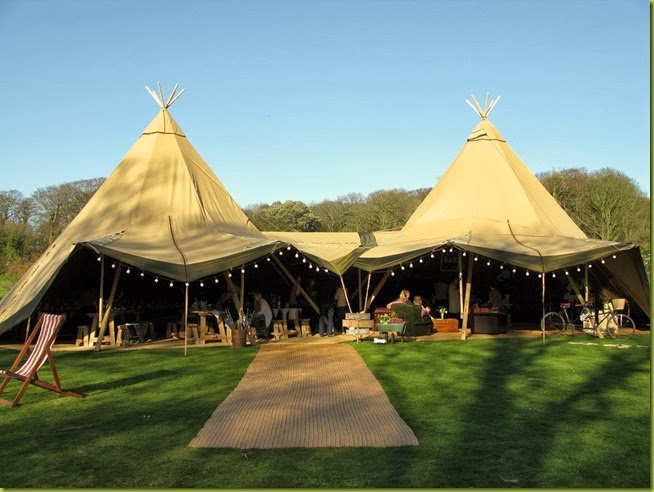 giant wedding tent