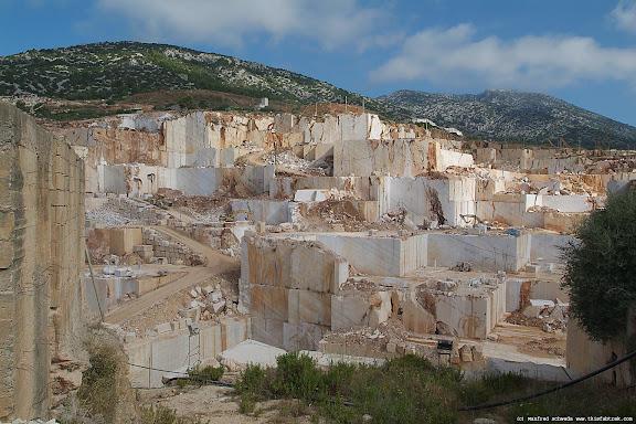 sardegna-marble-quarry-4.jpg