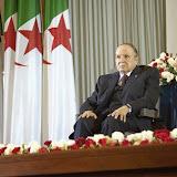 Attaque contre le musée du Bardo à Tunis : Bouteflika souligne le soutien  » ferme » de l'Algérie à la Tunisie