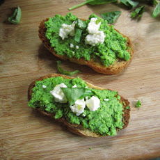 Healthy Green Peas Spread.